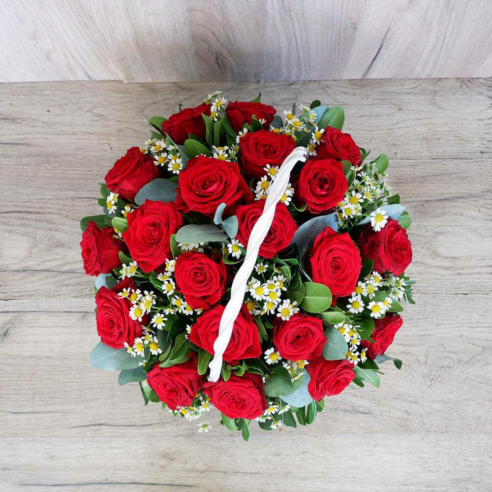 Λουλούδια Αγάπης - Συνθέσεις Λουλουδιών - Red Basket- Σύνθεση λουλουδιών