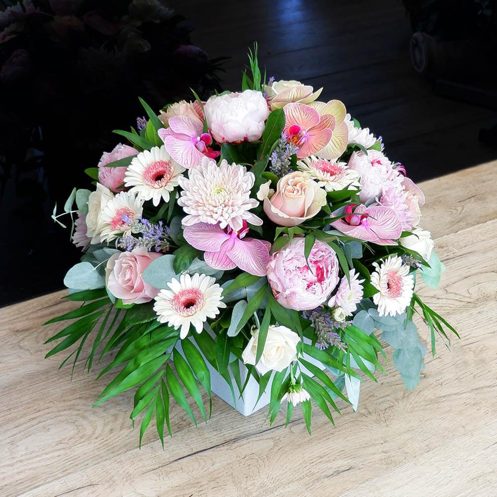 Συνθέσεις Λουλουδιών - Roses and Orchids