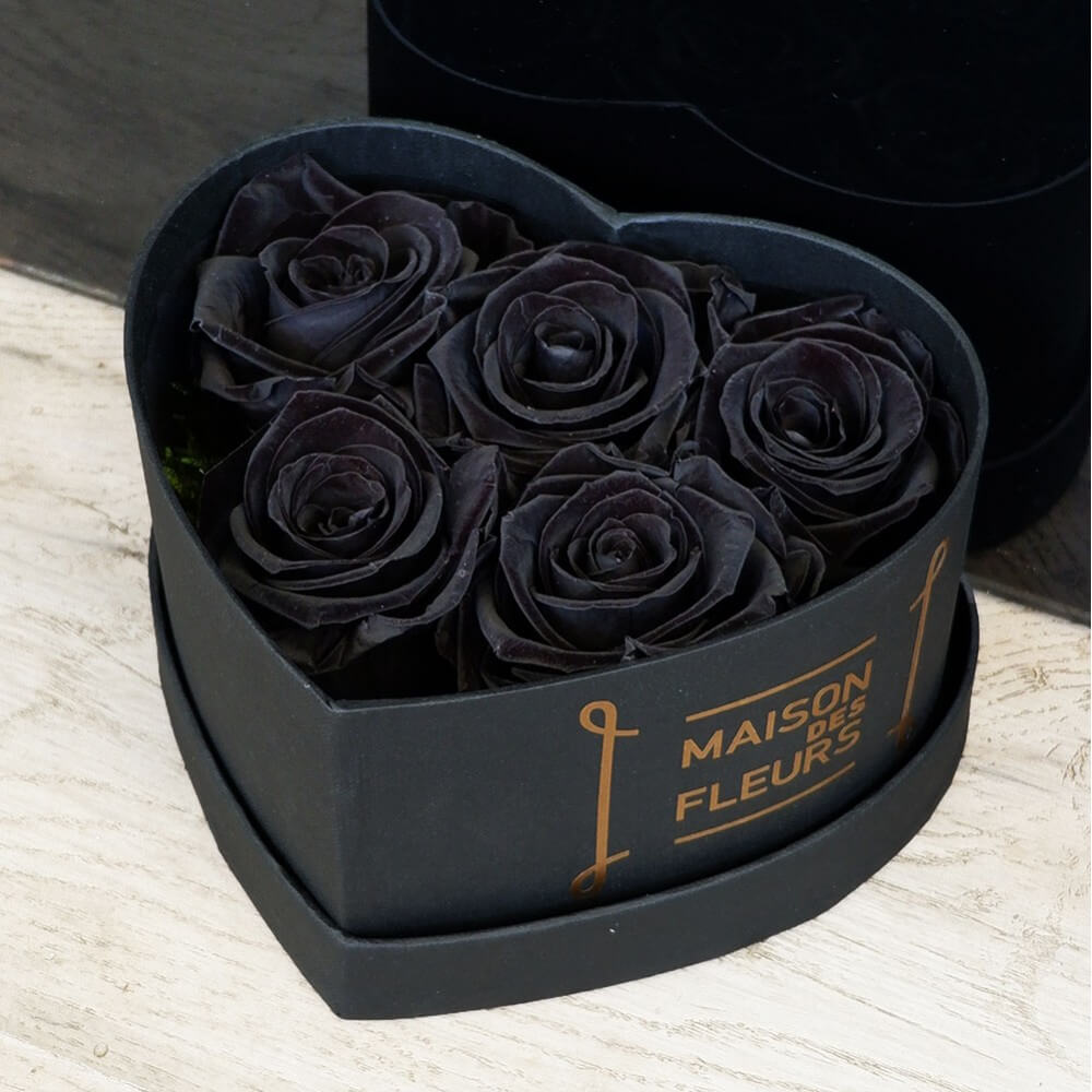 Forever Roses - Forever Black Roses Heart Box