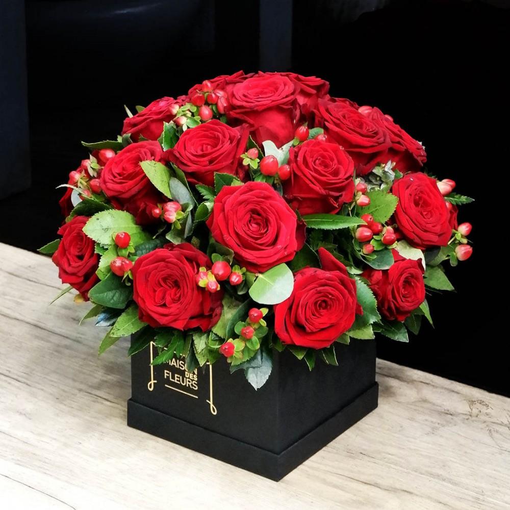 Συνθέσεις Λουλουδιών - Full of Roses box