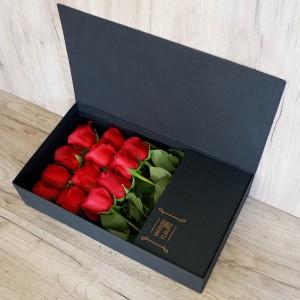 Λουλούδια Αγάπης - Συνθέσεις Λουλουδιών - Red Box - Σύνθεση λουλουδιών | Ανθοπωλείο Maison des fleurs