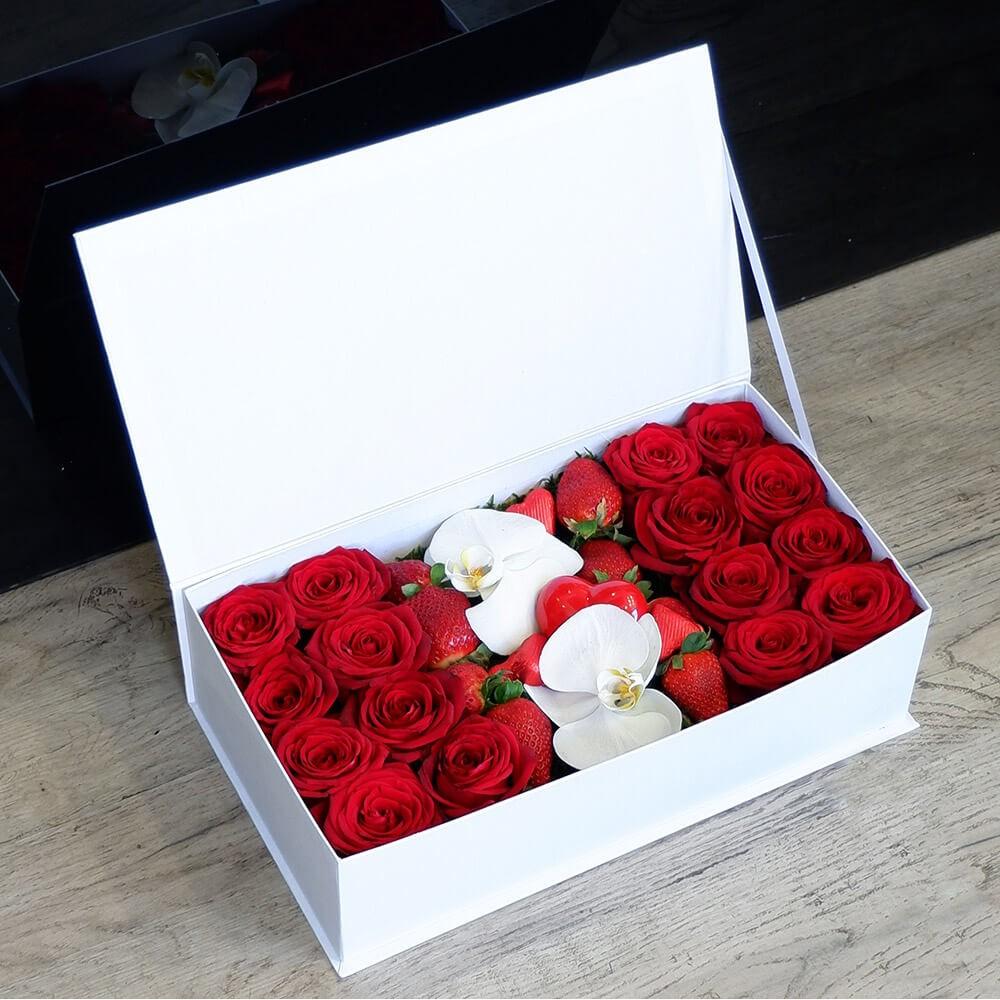 Λουλούδια Αγάπης - Συνθέσεις Λουλουδιών - White Love box