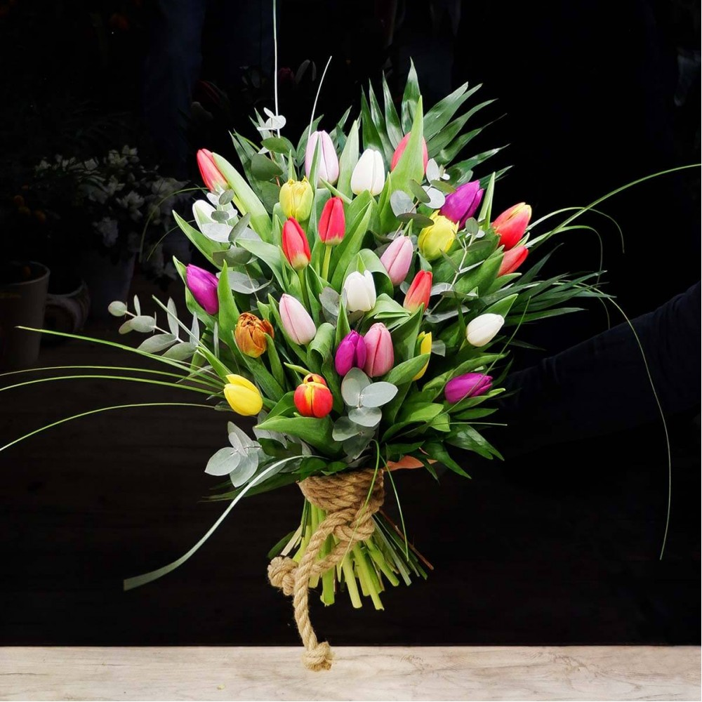 Big Tulips flower Bouquet
