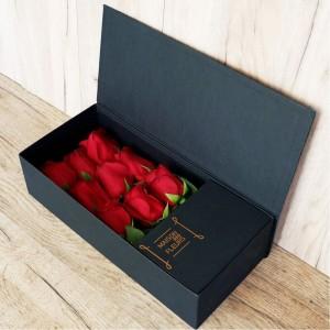 Red Black box  - Σύνθεση λουλουδιών | Ανθοπωλείο Maison des fleurs