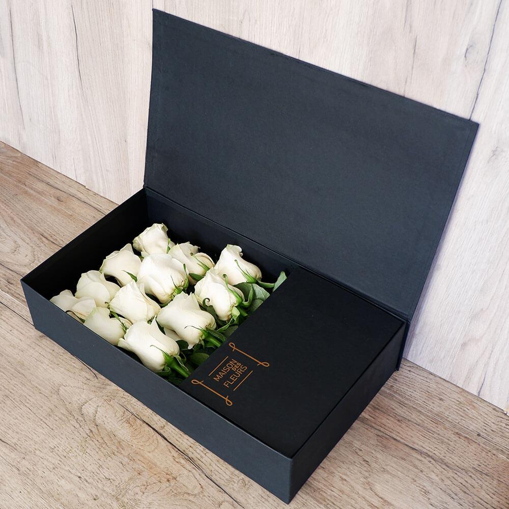 Big White Roses Box - Σύνθεση λουλουδιών | Ανθοπωλείο Maison des fleurs