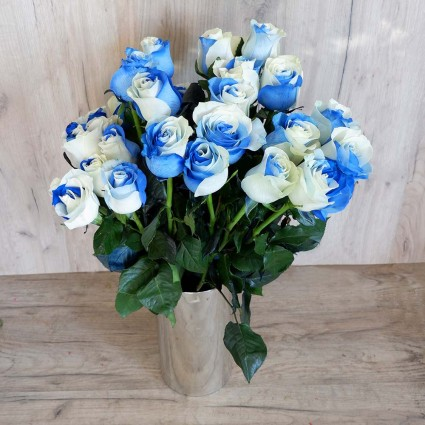 Two Colour Blue - Create your own bouquet with two colour ( white-blue) roses!