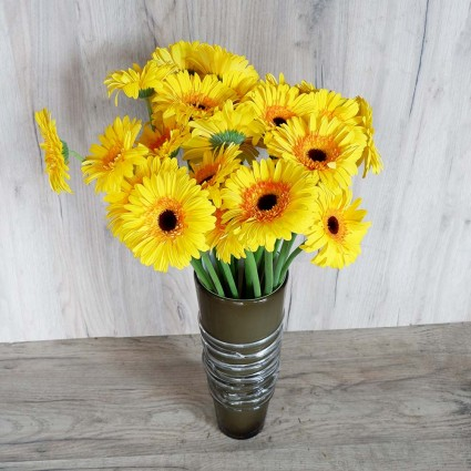Yellow Gerbera - Create your own bouquet with Yellow Gerberas!