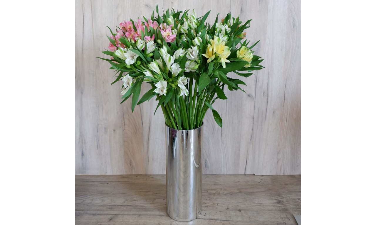 Alstroemeria - Create your own bouquet with White Alstroemerias!