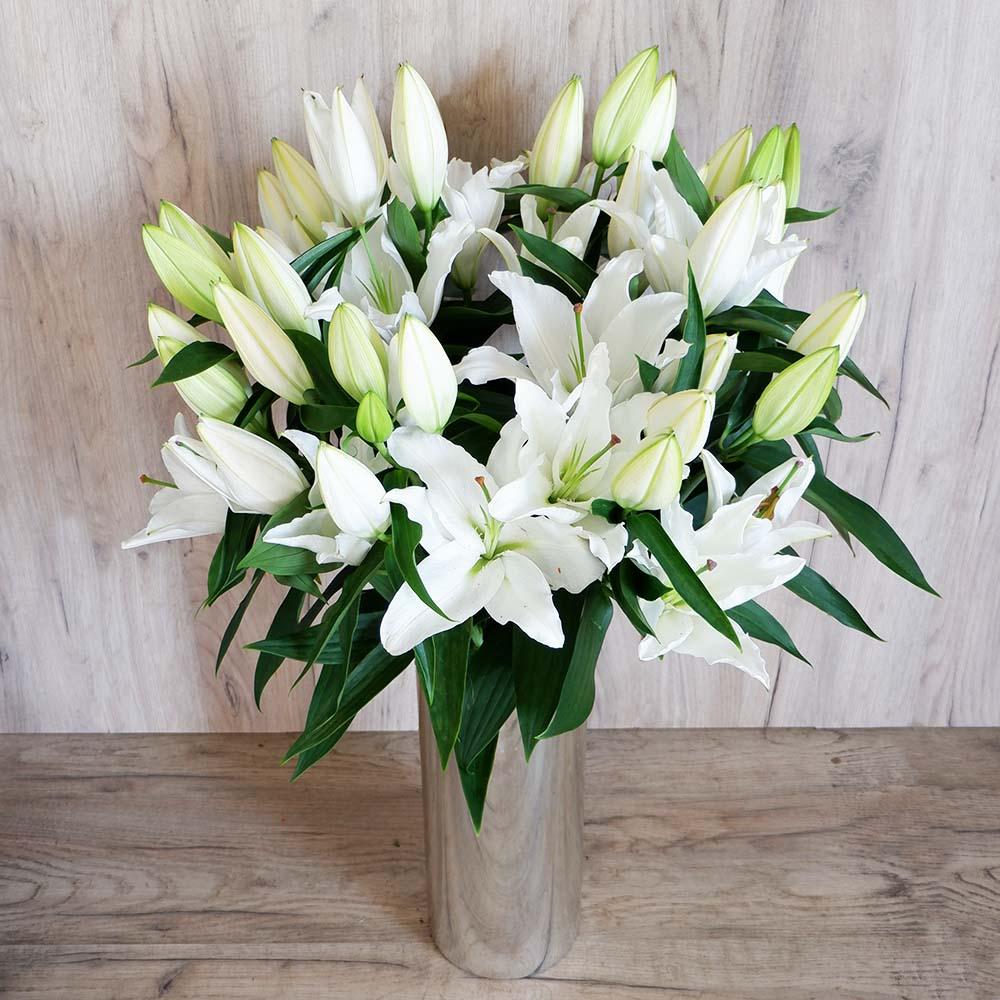ΛΟΥΛΟΥΔΙΑ-Λευκό Οριεντάλ - Δημιουργήστε την δική σας ανθοδέσμη με λευκά ευωδιαστά λίλουμ οριεντάλ!
