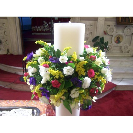 Spring Candle - Round candles with wreath of anemones, freesias, lysianthus, spray roses in yellow, white, purple and pink colours!