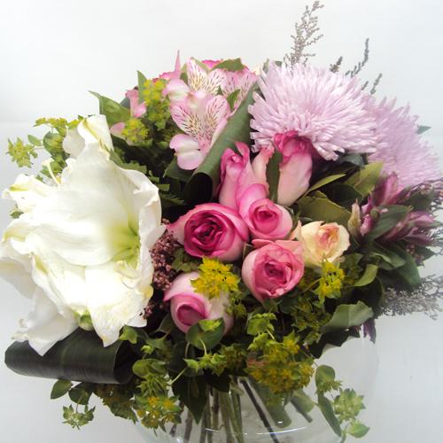 ΜΠΟΥΚΕΤΑ-Pink Power - Μπουκέτο με ποικιλία λουλουδιών σε ροζ & λευκές αποχρώσεις!